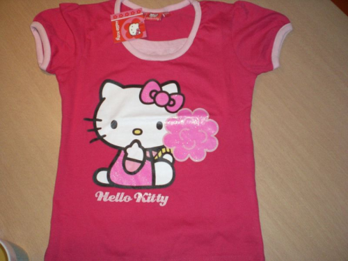 Hello Kitty T-Shirt Gr. 116 - 122 und 140 - 146